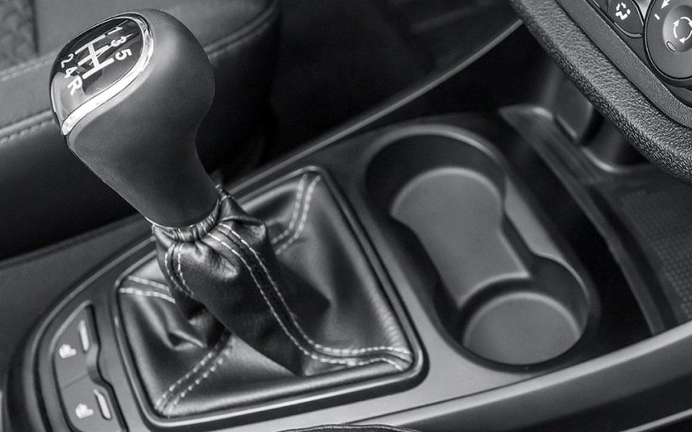 Лада Веста сменила коробку передач Renault на отечественную.